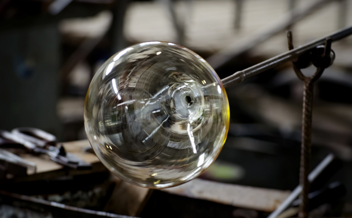 The secrets of glassblowing in Carlsbad