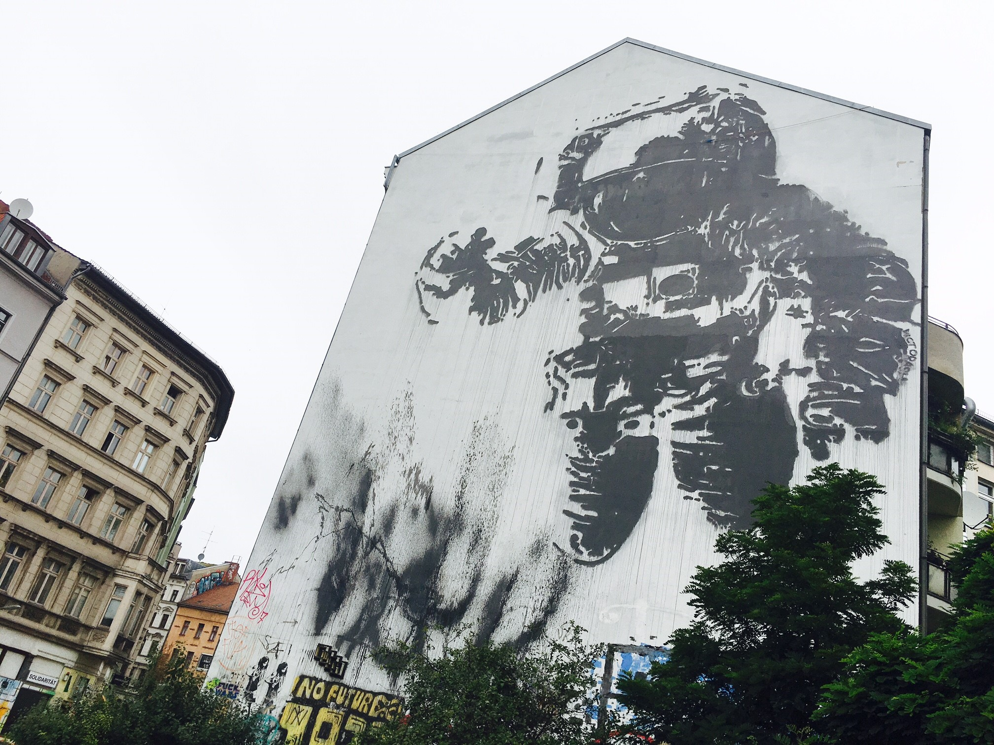 Astronaut/Cosmonaut by Victor Ash_Copyright Vienna House
